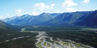 A side trip from canoeing Canada's northern rivers