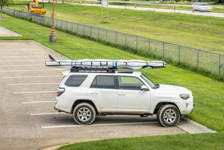 How To Safely Transport A Paddleboard With And Without A Roof Rack