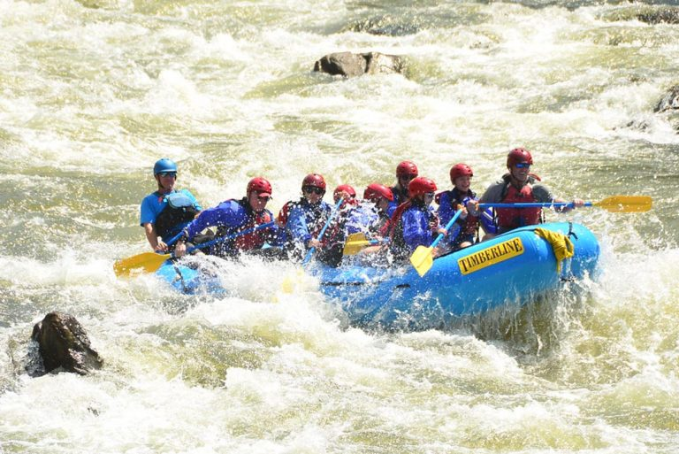Plan For Adventure With This Guide To Whitewater Rafting In Colorado