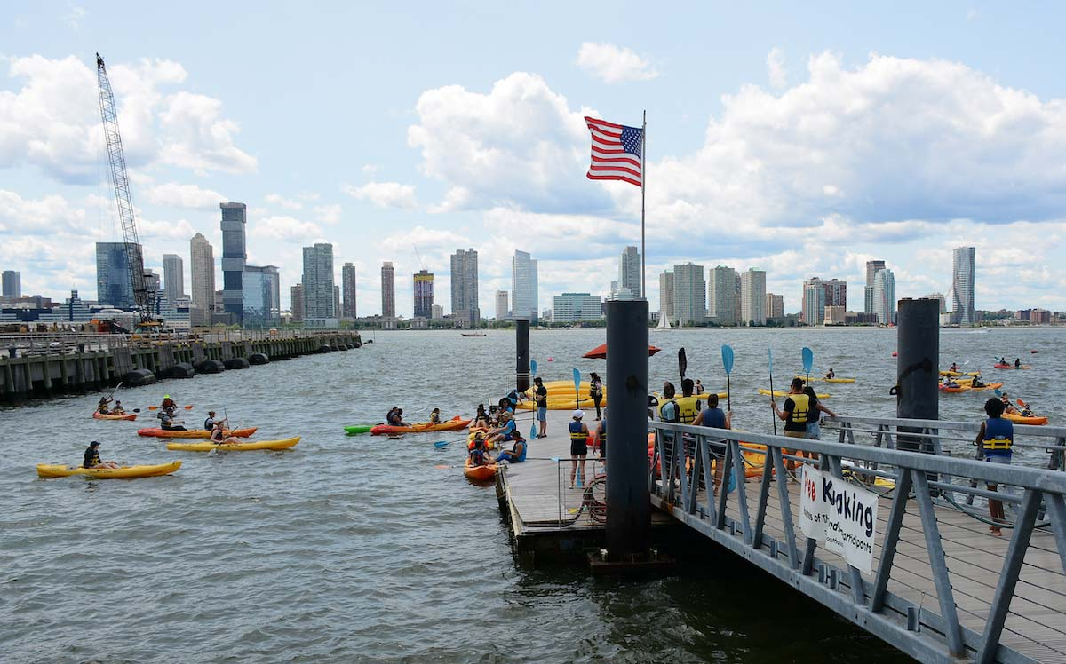 A group of New York kayakers in a chokepoint, a prime spot for kayak accidents