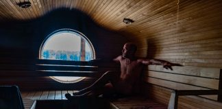 Canoeing in Finland travelling to saunas
